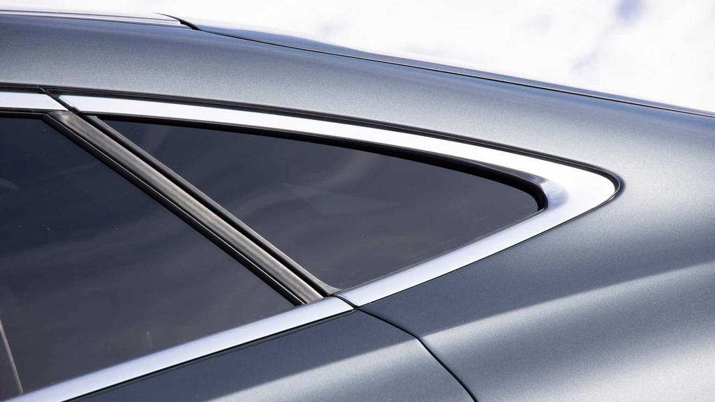Lai thu Mercedes-AMG GLE 53 Coupe 2021 - xe manh nhung nang ne hinh anh 12