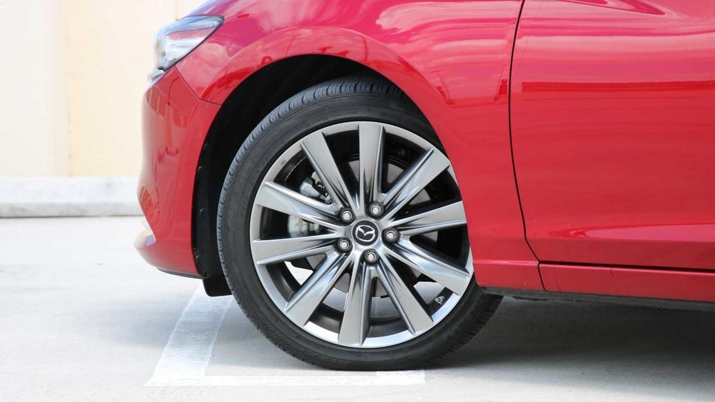 Danh gia Mazda 6 2019 - dat do nhung nhieu cong nghe hinh anh 7