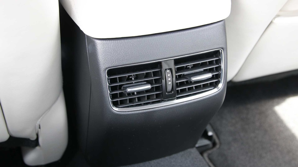 Danh gia Mazda 6 2019 - dat do nhung nhieu cong nghe hinh anh 20