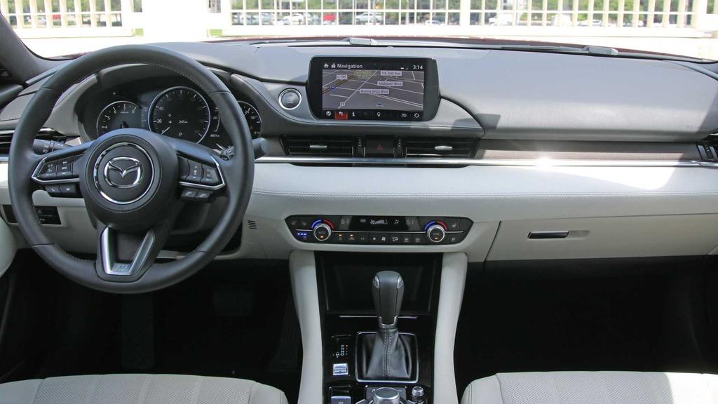 Danh gia Mazda 6 2019 - dat do nhung nhieu cong nghe hinh anh 11