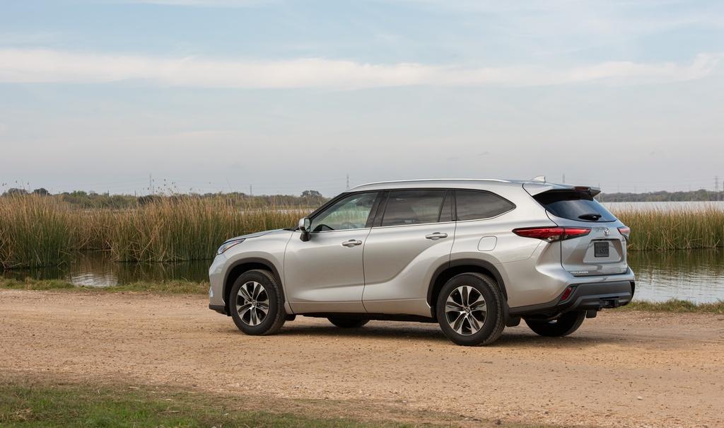 Toyota Highlander 2020 tang gia anh 3