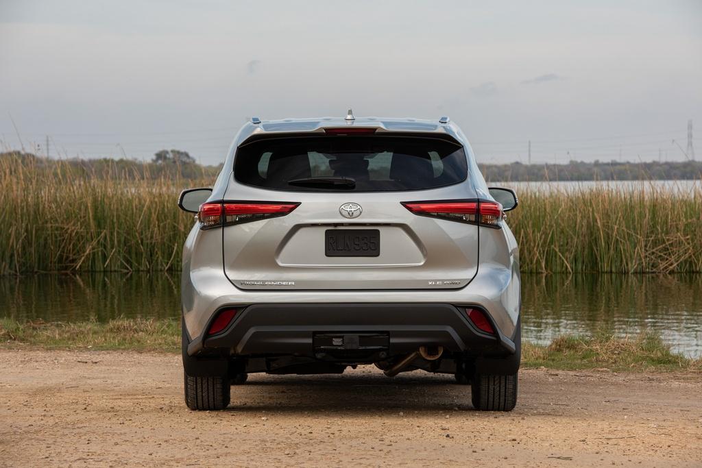 Toyota Highlander 2020 tang gia anh 6