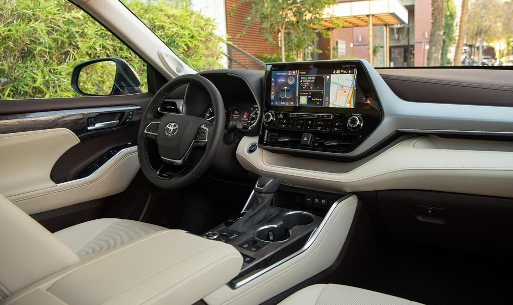 Toyota Highlander 2020 tang gia anh 15