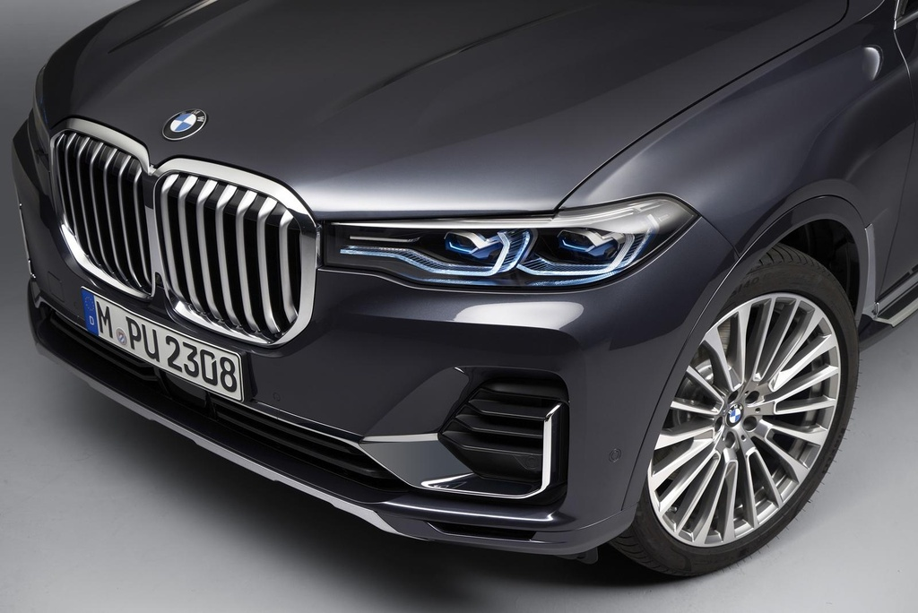 so sanh BMW X8 voi X7 anh 27