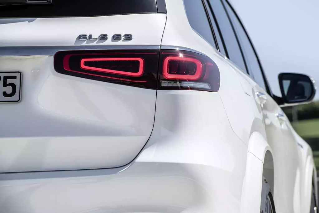 Danh gia Mercedes-Benz AMG GLS 63 2020 - SUV hang sang co doc hinh anh 18 2020_mercedes_amg_gls63_5_1600x0.jpg