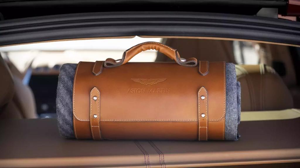 danh gia Aston Martin DBX 2020 anh 20