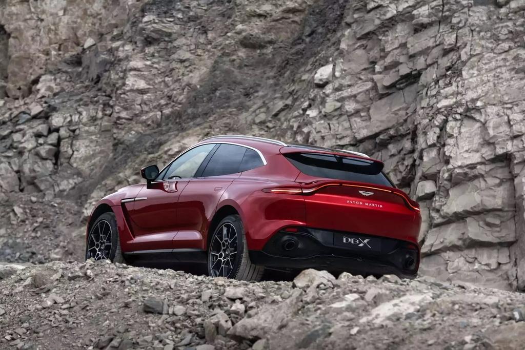 danh gia Aston Martin DBX 2020 anh 22