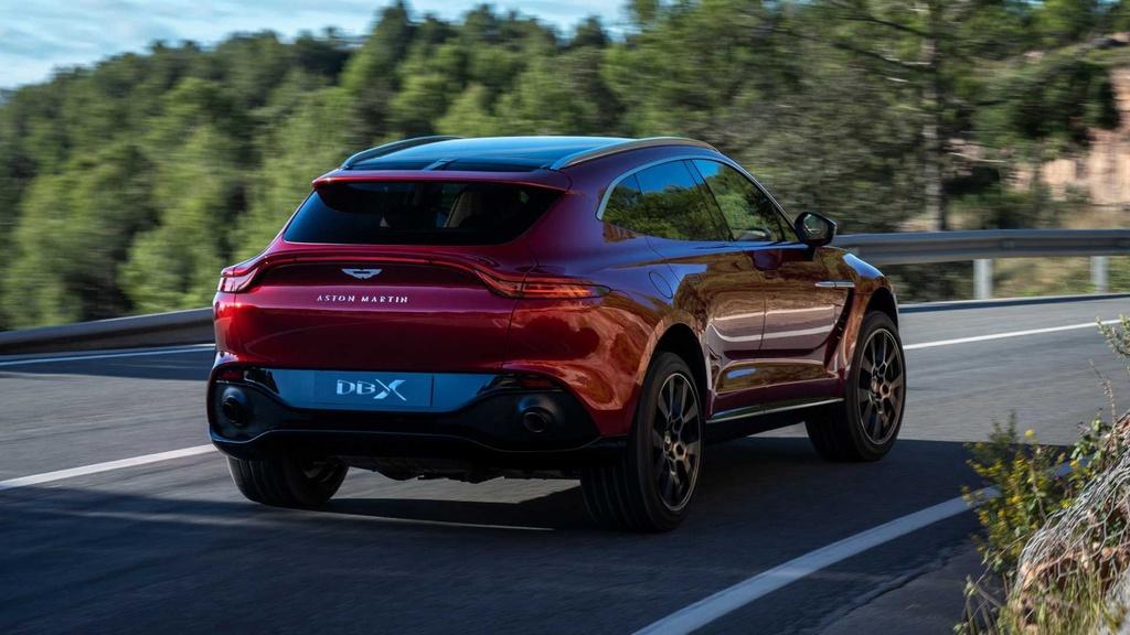 danh gia Aston Martin DBX 2020 anh 3