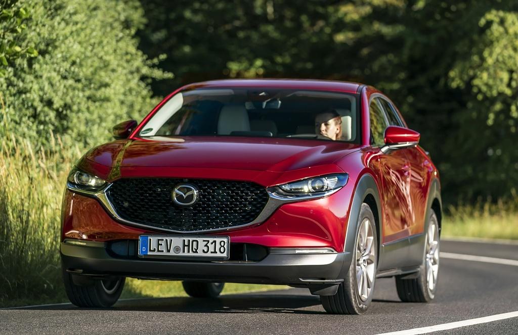 Danh gia Mazda CX-30 2020 – ban sao gam cao cua Mazda3 hinh anh 8 2020_mazda_cx_30_25_2560x1440.jpg
