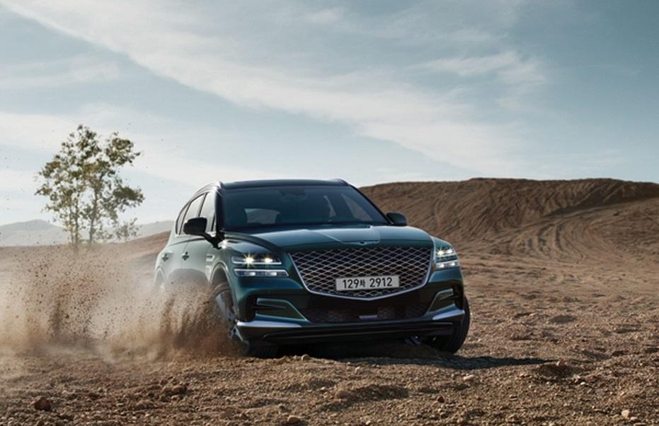 SUV hang sang cua Hyundai lo dien, chua ro gia ban hinh anh 2 2020_Genesis_GV80_Carscoops_5.jpg