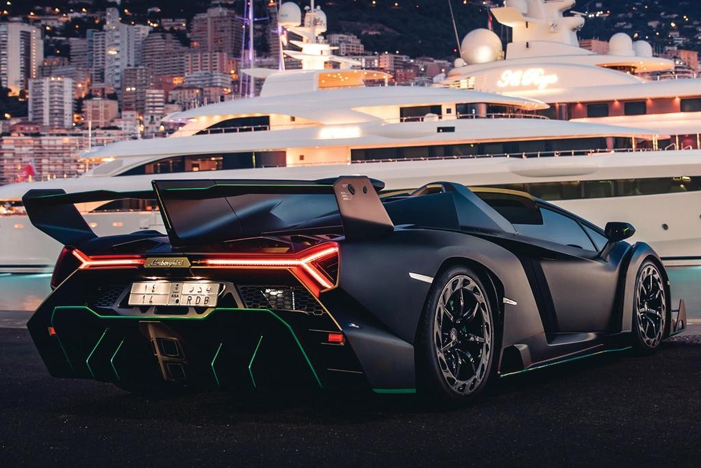 Lamborghini Veneno Roadster sieu hiem gia 5,6 trieu USD hinh anh 10 667467.jpg