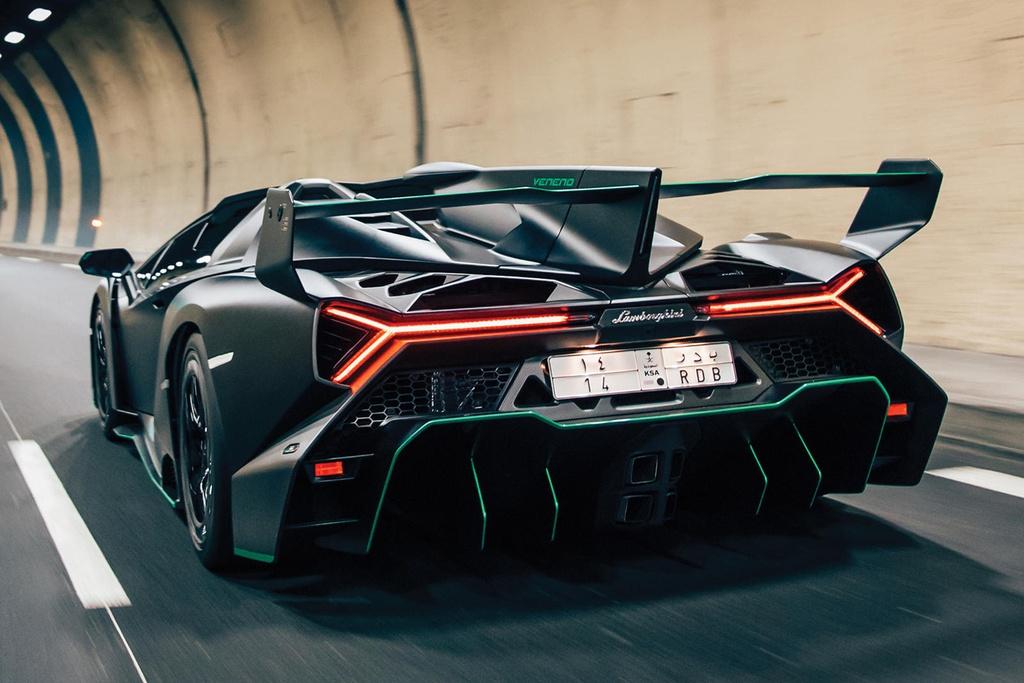 Lamborghini Veneno Roadster sieu hiem gia 5,6 trieu USD hinh anh 11 667472.jpg