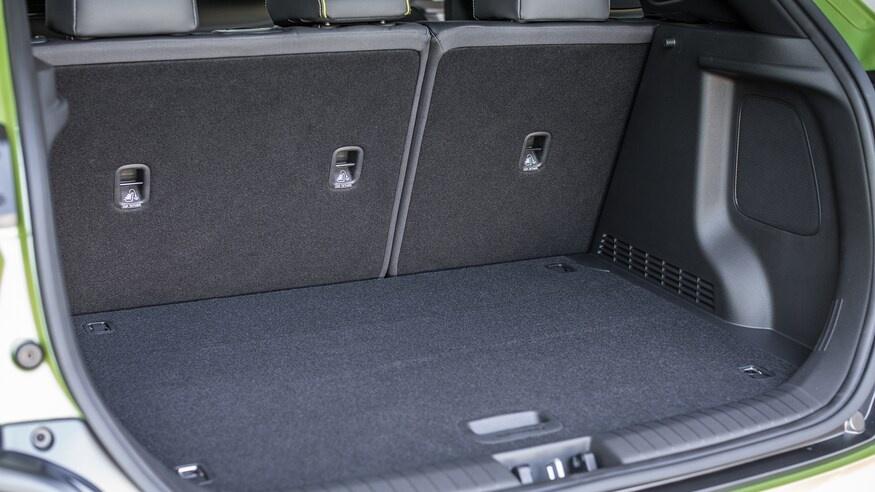 chon mua Mazda CX-30 2020 hay Hyundai Kona 2020? anh 49