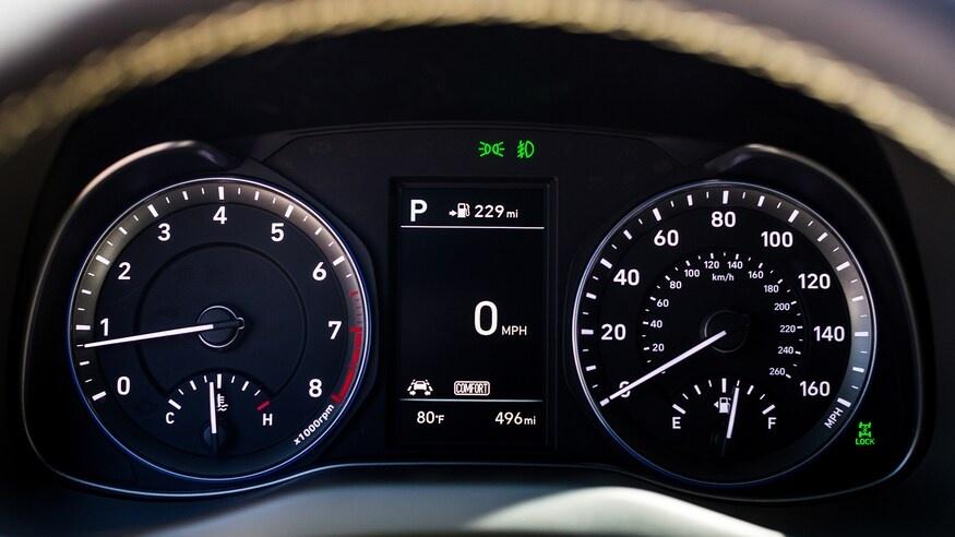 chon mua Mazda CX-30 2020 hay Hyundai Kona 2020? anh 43