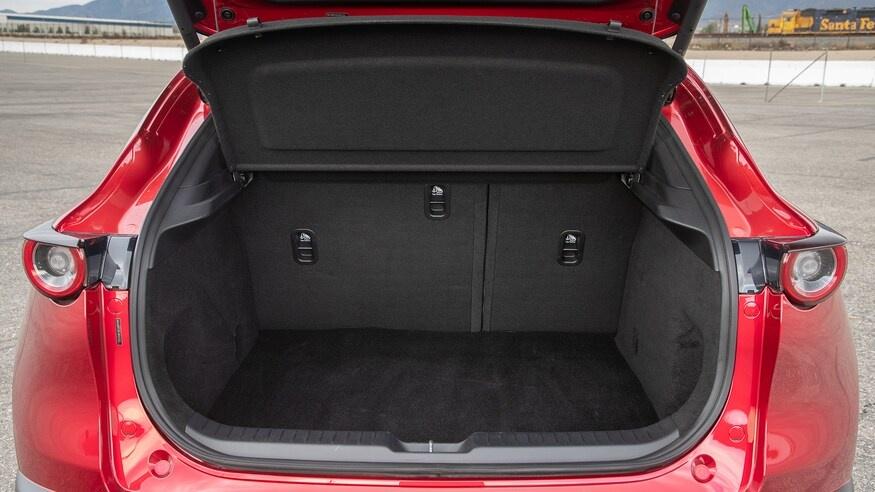 chon mua Mazda CX-30 2020 hay Hyundai Kona 2020? anh 29