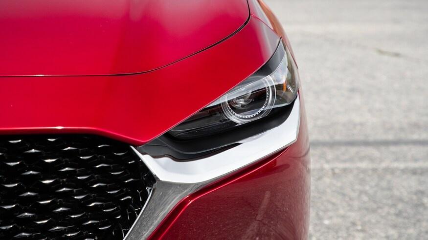 chon mua Mazda CX-30 2020 hay Hyundai Kona 2020? anh 12