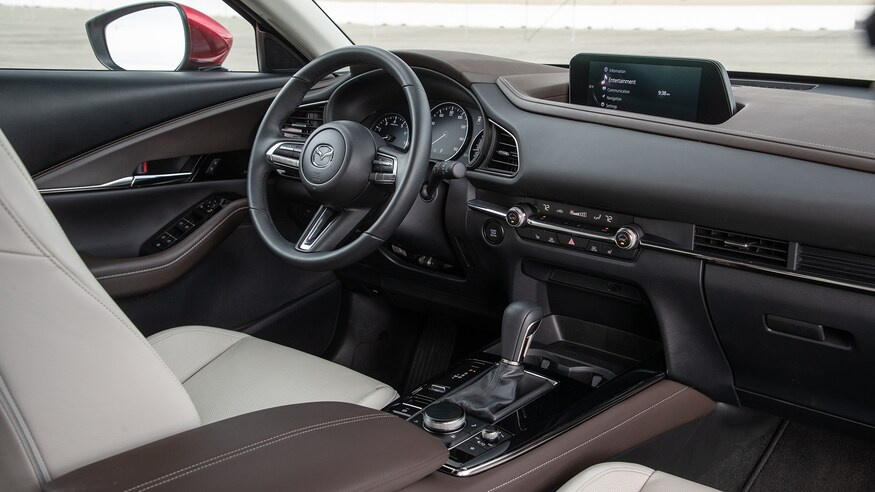 chon mua Mazda CX-30 2020 hay Hyundai Kona 2020? anh 5