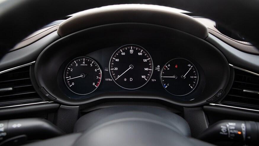 chon mua Mazda CX-30 2020 hay Hyundai Kona 2020? anh 18