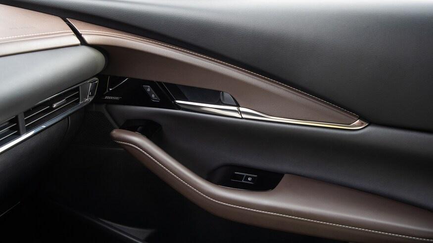 chon mua Mazda CX-30 2020 hay Hyundai Kona 2020? anh 21