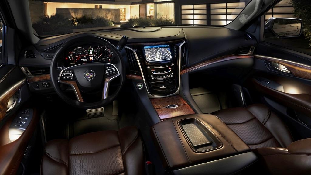 Danh gia Cadillac Escalade 2021 - SUV My ham ho, hien dai hinh anh 9 cadillac_escalade_11_1600x0w.jpg