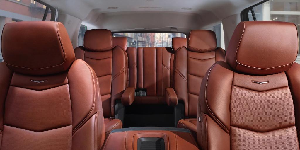 Danh gia Cadillac Escalade 2021 - SUV My ham ho, hien dai hinh anh 15 vehicles_escalade_esv_gallery_interior_07.jpg