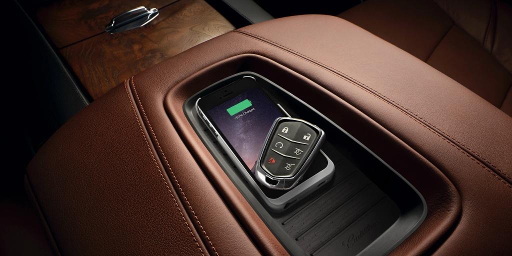 Danh gia Cadillac Escalade 2021 - SUV My ham ho, hien dai hinh anh 17 vehicles_escalade_esv_gallery_interior_08.jpg