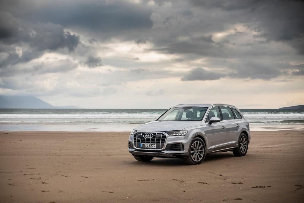 Audi Q7 2020 co them ban gia re hinh anh 5 2020_Audi_Q7_13.jpg