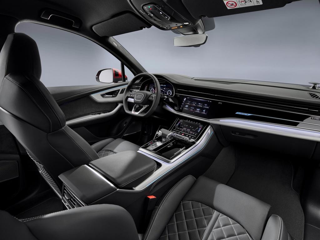 Audi Q7 2020 co them ban gia re hinh anh 11 2020_Audi_Q7_4.jpg