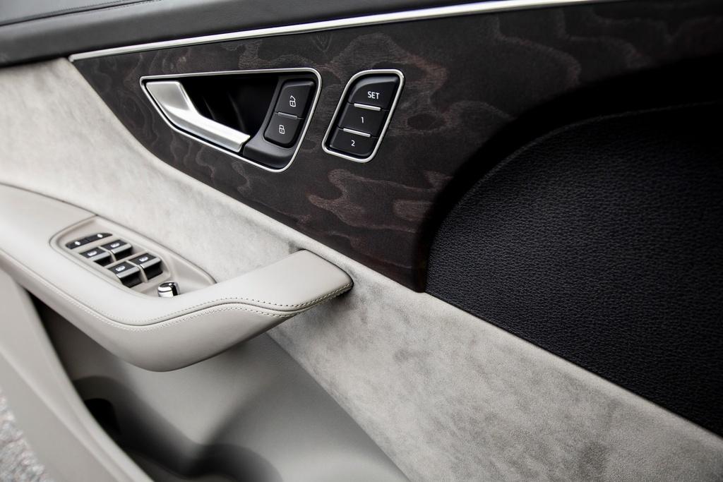 Audi Q7 2020 co them ban gia re hinh anh 16 2020_Audi_Q7_6.jpg