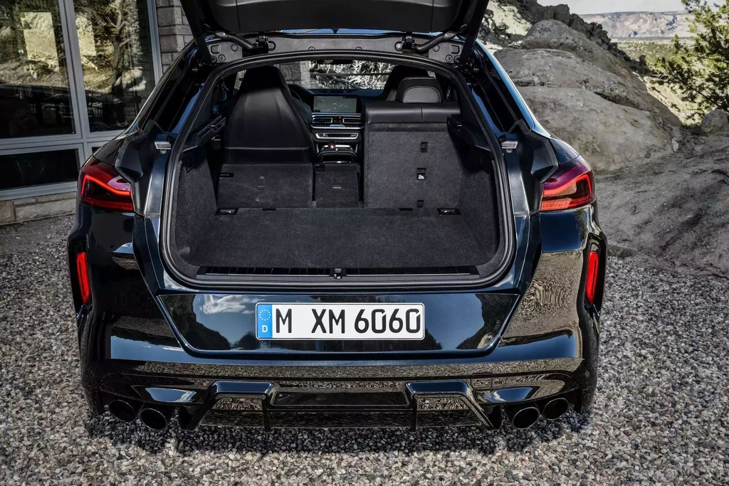 Danh gia BMW X6 M 2020 – SUV hieu suat cao dung chat hinh anh 25 2020_bmw_x6_m_32_1600x0.jpg