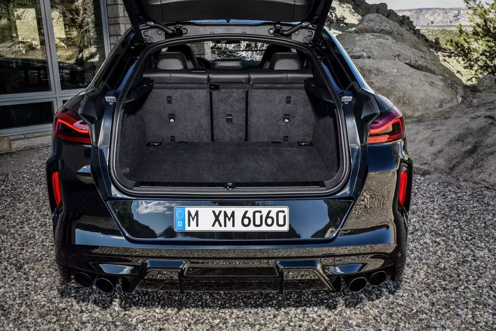 Danh gia BMW X6 M 2020 – SUV hieu suat cao dung chat hinh anh 24 2020_bmw_x6_m_33_1600x0.jpg