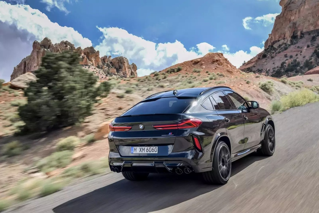 Danh gia BMW X6 M 2020 – SUV hieu suat cao dung chat hinh anh 3 2020_bmw_x6_m_63_1600x0.jpg