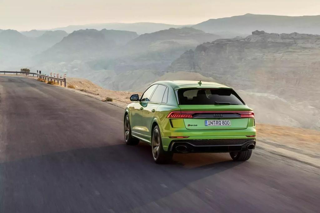 Danh gia Audi RS Q8 2020 - du suc sanh ngang Lamborghini Urus? hinh anh 36 2020_audi_rs_q8_72_1600x0_15_.jpg