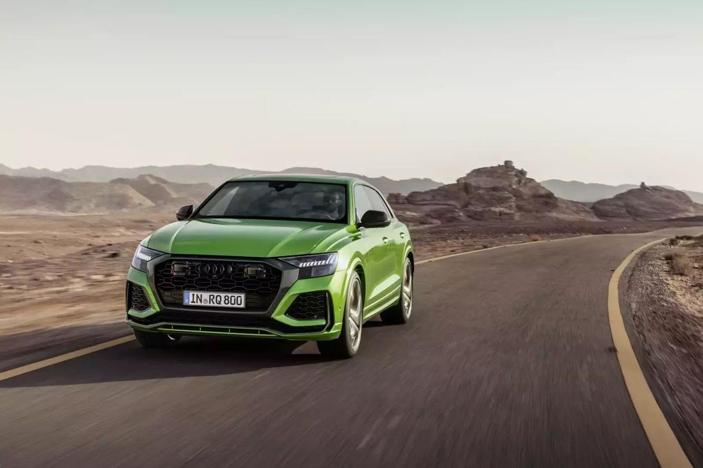 Danh gia Audi RS Q8 2020 - du suc sanh ngang Lamborghini Urus? hinh anh 33 2020_audi_rs_q8_72_1600x0_20_.jpg