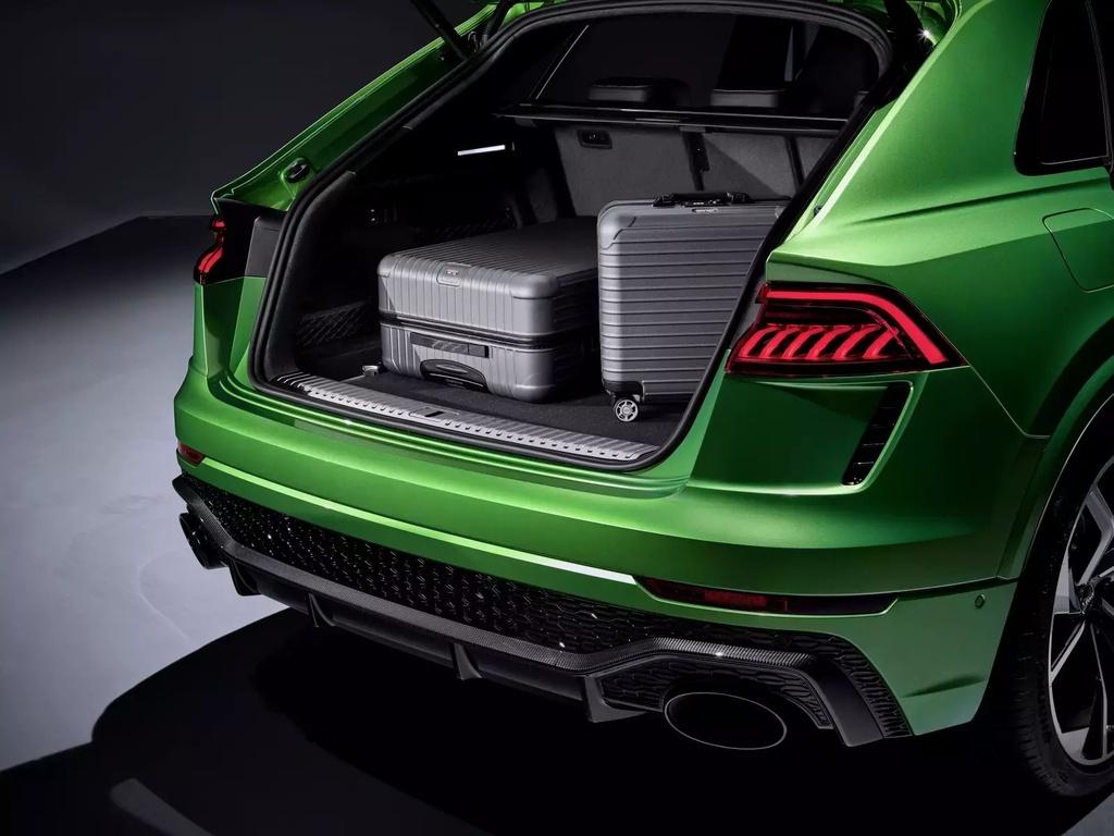 Danh gia Audi RS Q8 2020 - du suc sanh ngang Lamborghini Urus? hinh anh 25 2020_audi_rs_q8_72_1600x0_5_.jpg