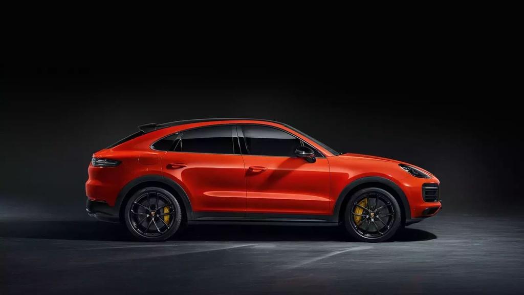 Danh gia Audi RS Q8 2020 - du suc sanh ngang Lamborghini Urus? hinh anh 60 porsche_presents_the_35_1600x0.jpg