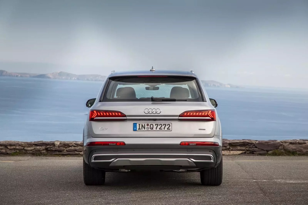 danh gia Audi Q7 2020 anh 3