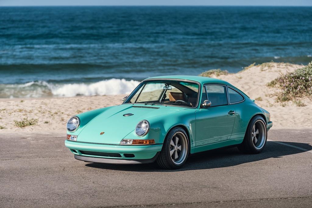 Porsche 911 doi 1991 duoc rao ban 875.000 USD anh 4