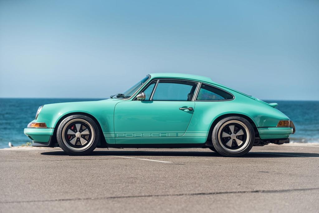 Porsche 911 doi 1991 duoc rao ban 875.000 USD anh 5