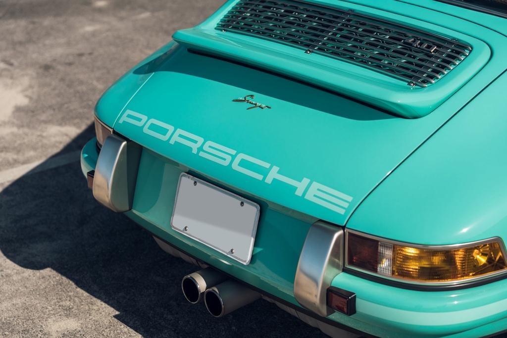 Porsche 911 doi 1991 duoc rao ban 875.000 USD anh 14
