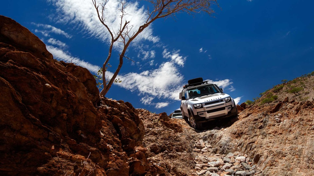 Danh gia Land Rover Defender 2020 – tim lai hao quang qua khu hinh anh 20 5.jpg