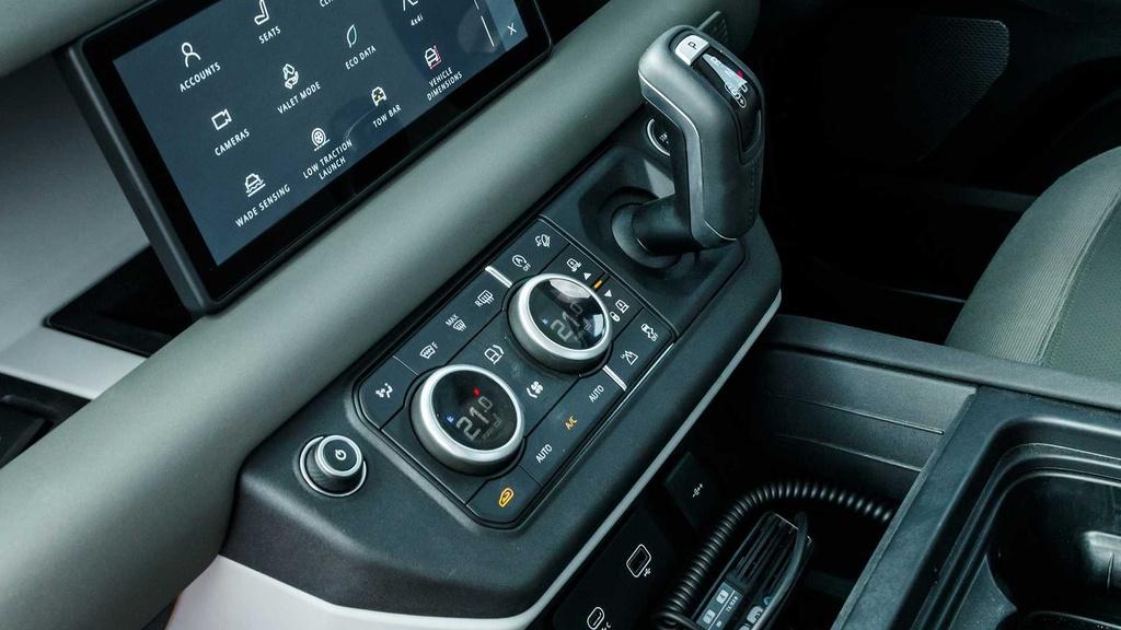 Danh gia Land Rover Defender 2020 – tim lai hao quang qua khu hinh anh 42 78.jpg