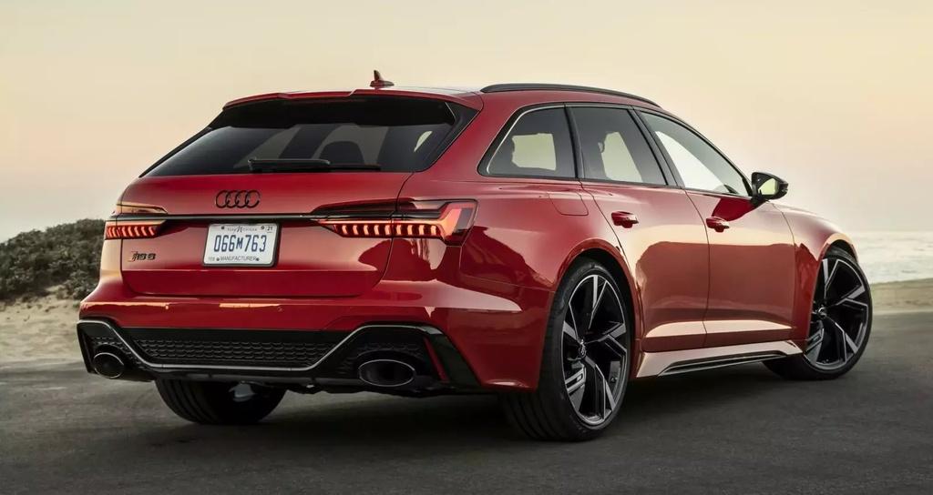 danh gia ban do Audi RS6 2020 anh 7