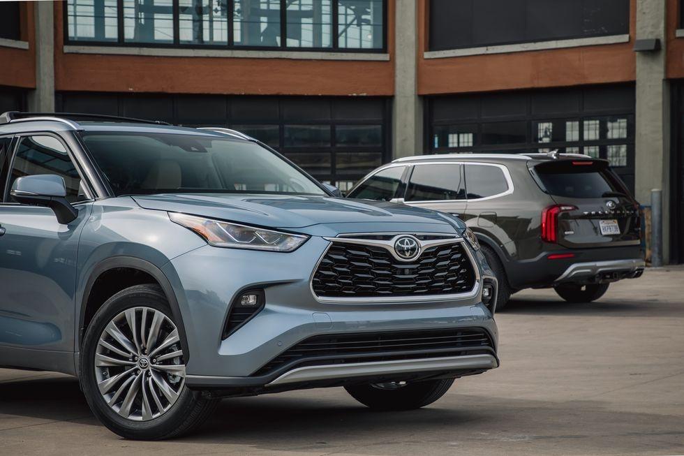 so sanh Kia Telluride 2020 va Toyota Highlander 2020 anh 2