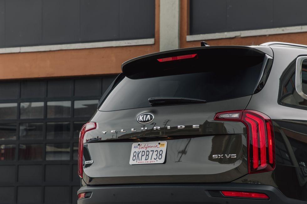 so sanh Kia Telluride 2020 va Toyota Highlander 2020 anh 13