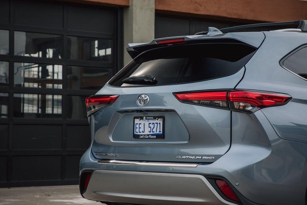 so sanh Kia Telluride 2020 va Toyota Highlander 2020 anh 14