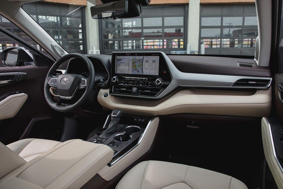 so sanh Kia Telluride 2020 va Toyota Highlander 2020 anh 24