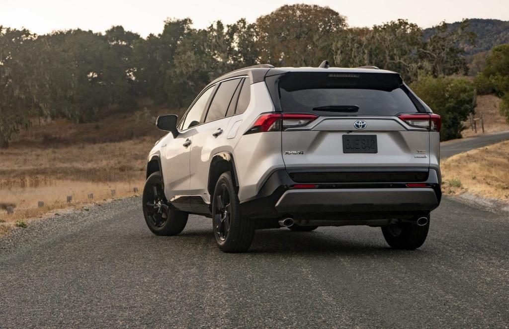 danh gia Toyota RAV4 Hybrid 2020 anh 11