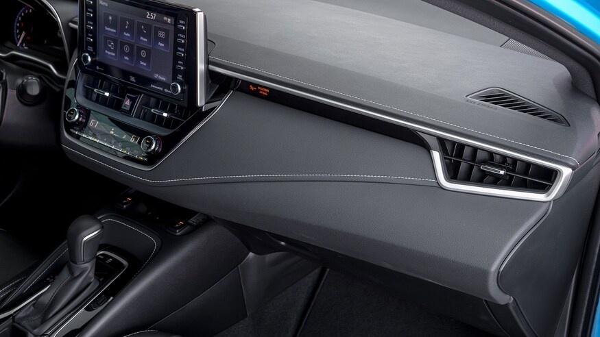 danh gia noi that Toyota Corolla 2020 anh 40