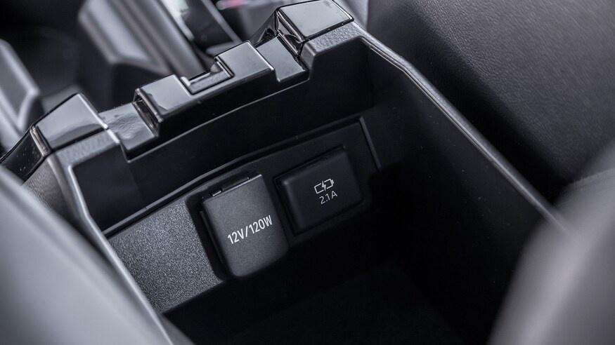 danh gia noi that Toyota Corolla 2020 anh 49